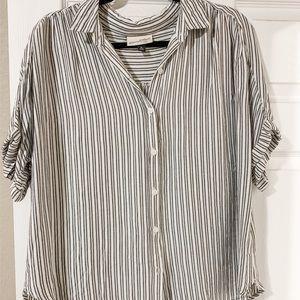 Striped button tee, Size XL